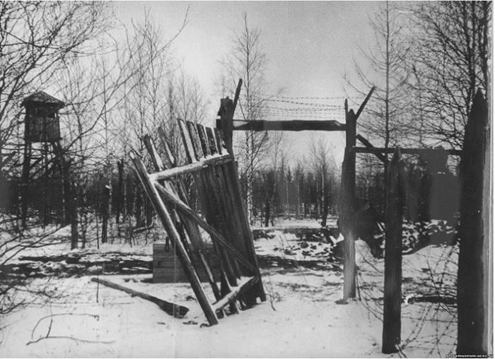 Мертвая дорога-призрак: трагическая история строительства (66 фото)
