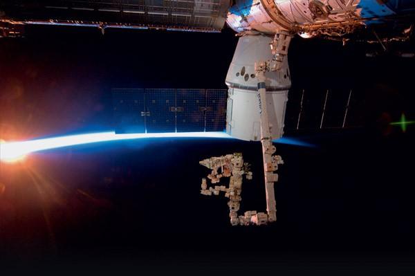7 космических кораблей ближайшего будущего (8 фото)