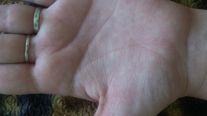 Линия жизни на руке: фото и расшифровка