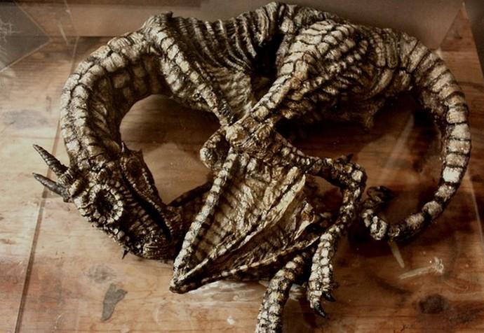 Коллекция таинственных криптидов Томаса Мерлина (18 фото)