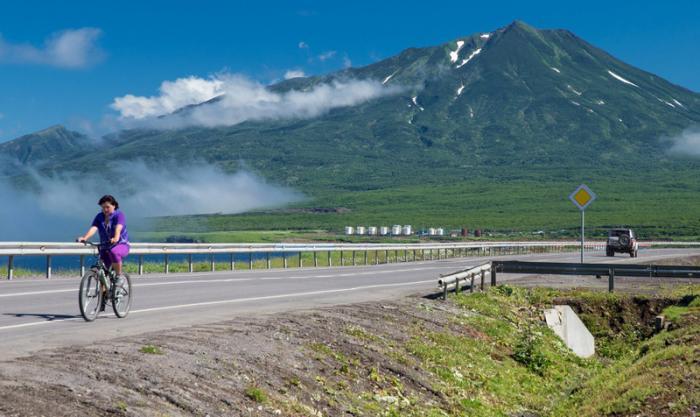 Жизнь через тошноту. Жители Курильских островов рассказывают, как устроен быт на краю света
