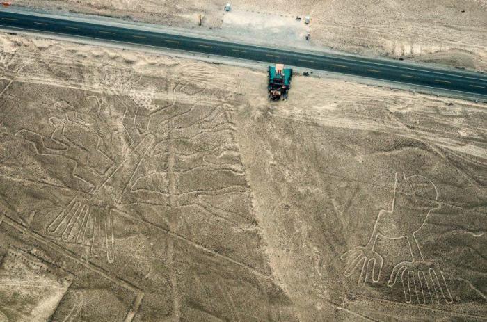 Водитель грузовика повредил 2000-летние линии на плато Наска в Перу