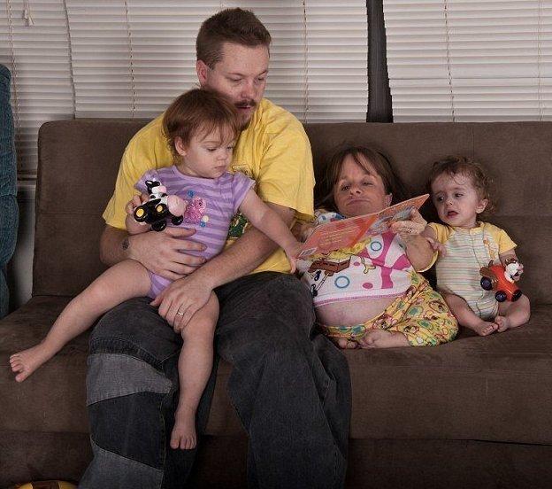 Стейси вышла замуж за викария Уилла и родила ему троих детей Стейси Геральд, болезнь, жизнь, истории, маты, несовершенный остеогенез, смерть