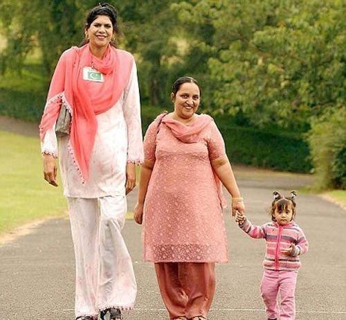 Зейнаб Биби, Пакистан, 218 сантиметров в мире, высота, девушки, люди, размер, рост