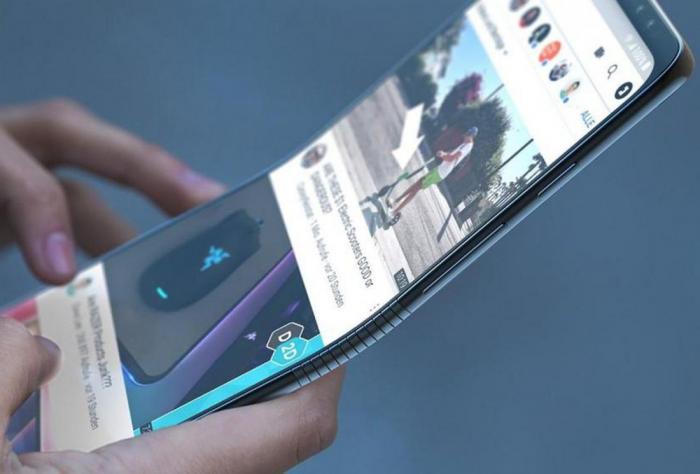 Будущее за гибкими дисплеями, и оно наступит раньше, чем мы думаем (2 фото)