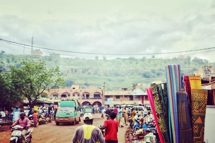 Хотя уже почти 50 лет в городе (да и в стране) наблюдается взрывной рост населения Бамако, Западная Африка, мали, путешествия, столица Мали, столицы Африки, столицы стран мира