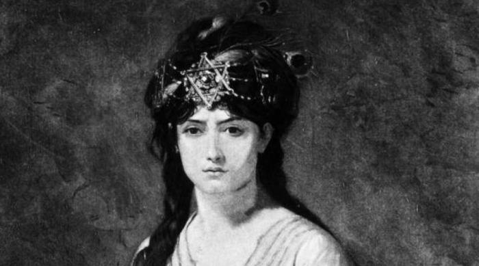 Самси, аравийская королева Королева Самси Аравийская вошла в историю как бесстрашная воительница, с которой считались даже великие цари соседней Ассирии. Самси наладила торговый путь в эту мощную державу и поклялась в верности ее правителям. Но и такого положения было для девушки недостаточно: Самси объединилась с Дамаском, чтобы вытеснить ассирийцев из региона. Кровопролитная война закончилась полным разгромом для Дамаска, а Самси попала в плен. Вместо того, чтобы казнить девушку, ассирийцы вернули ее на трон, показав свое уважение такой невероятной смелости.