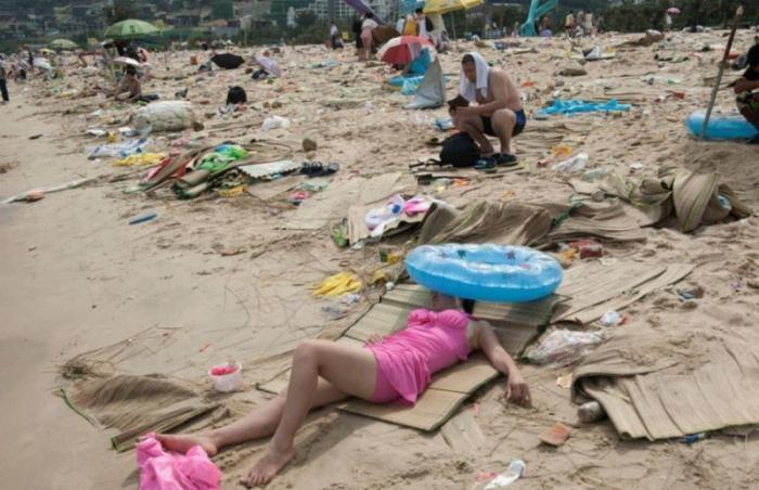 И таких историй миллионы. Пользователи в сети стали делиться самыми отвратительными выходками китайцев интересное, китай, мусор, поезда, путешествия, фото