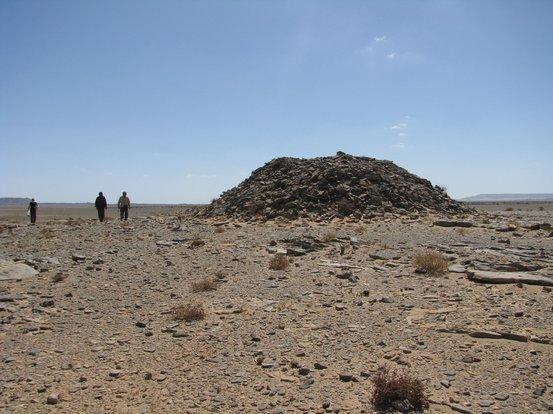 В Сахаре обнаружили древние каменные сооружения неизвестной цивилизации (8 фото)