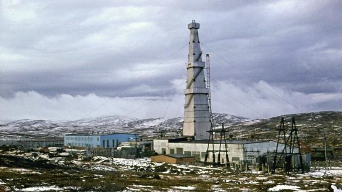 Тайна советской дыры: что скрывала Кольская скважина? (7 фото + 1 видео)