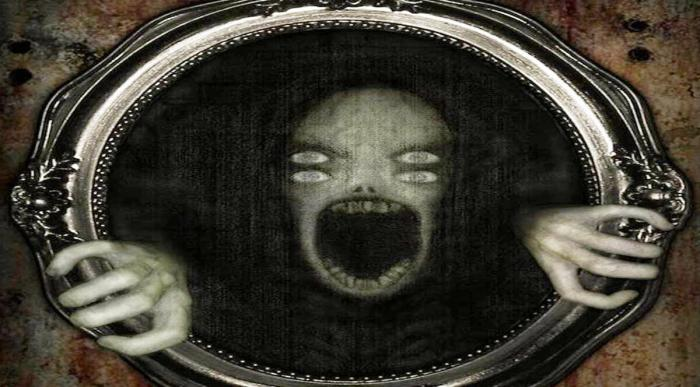 Если ночью смотреть в зеркало 30 минут