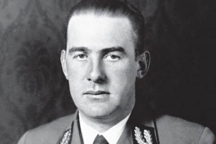 Третий рейх был, пожалуй, самым отвратительным режимом в истории: наиболее известные военные преступники нацизма (10 фото)