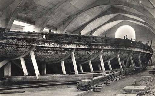 Могущество античной цивилизации — что обнаружили на гигантских свинцовых кораблях Калигулы