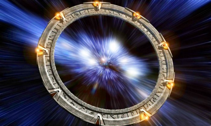 Перемещения во времени: есть научная теория и факты (7 фото)