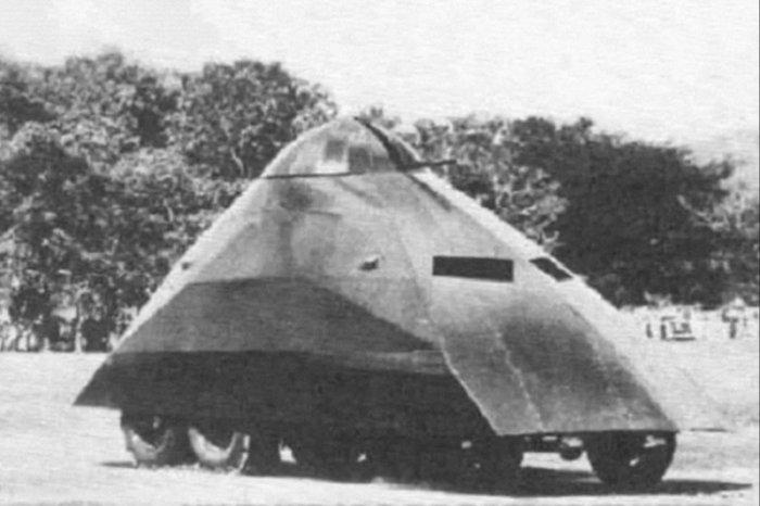 Шары и треугольники — самые необычные танки в истории (4 фото + видео)