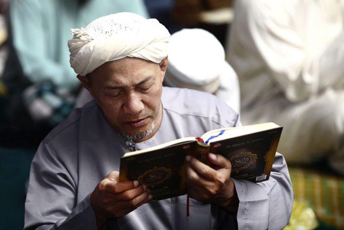 3 категории людей, которых следует избегать: мудрость Омара Хайяма