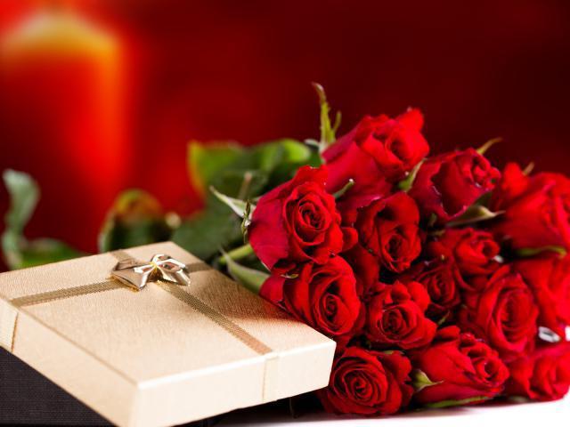 Сонник: красные розы - Значение и толкование сна